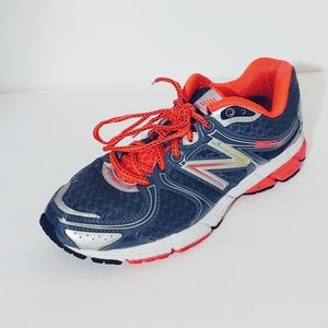 New Balance 580 V4 Running Shoes. Size 8.5